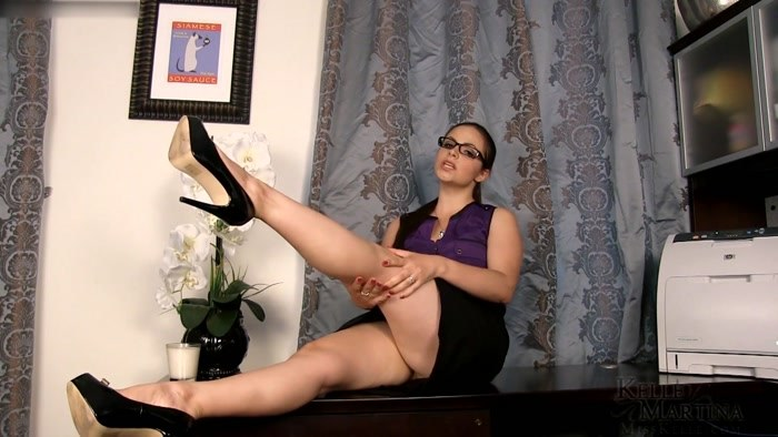 Miss Kelle Martina - FemDom CEO