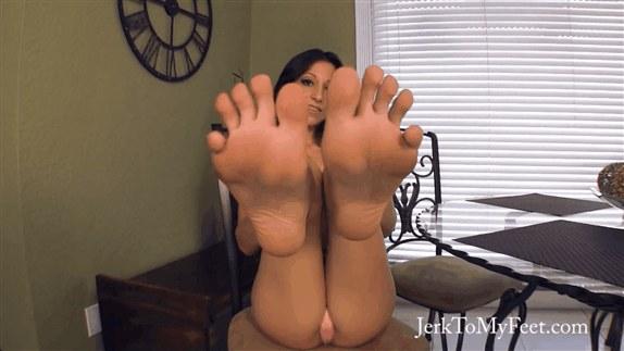 Jerk to My Feet – Alexa's Jerk to My Feet