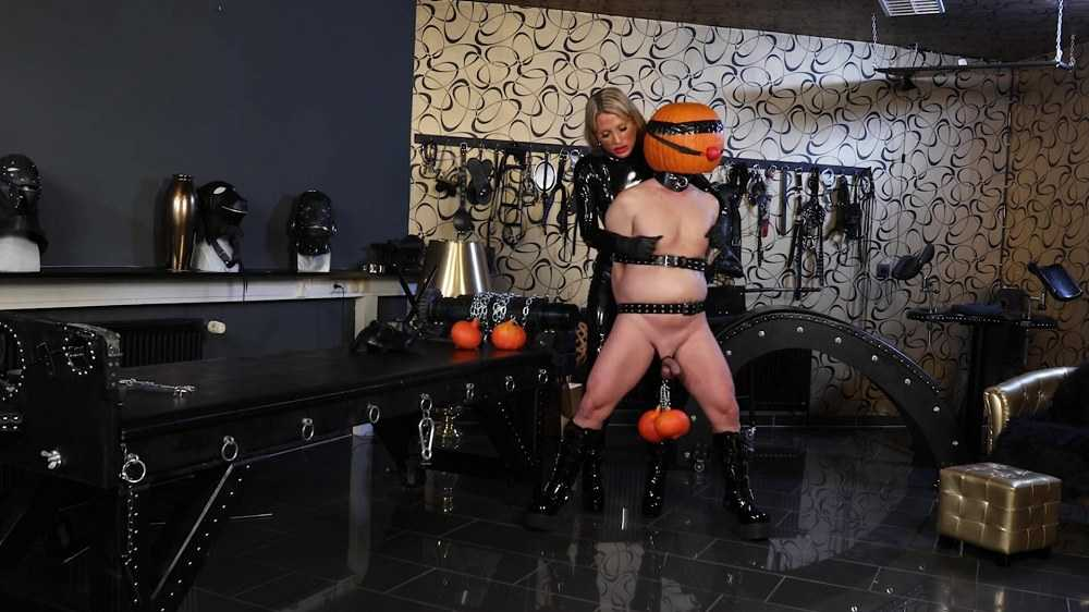 Calea Toxic - Halloween Humiliation and CBT