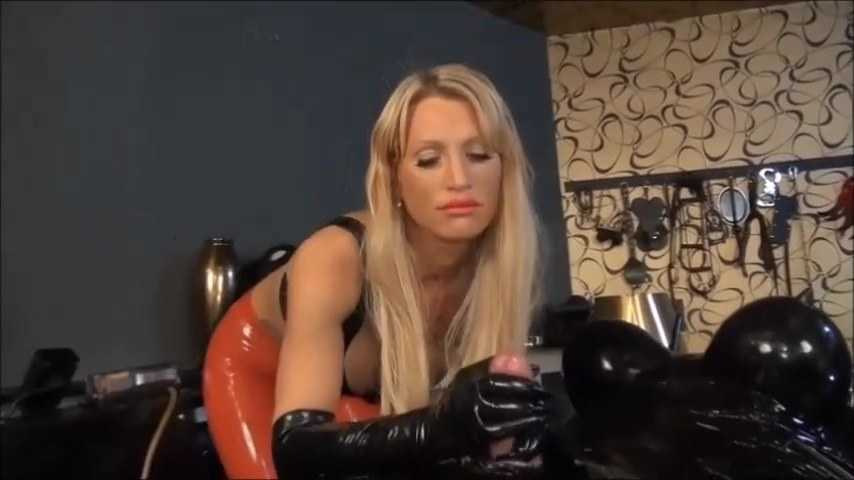 Calea Toxic - Wrapped, Vacuum, Tease and Denial Part 2
