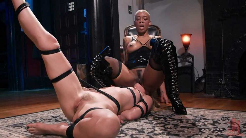 Mona Wales, Ashley Page - Off The Books: Mona Wales Submits to Mistress Ashley Paige