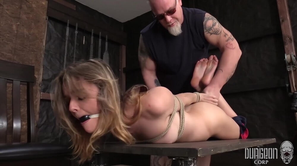Addee Kate - Finding Her Submissive Part 1