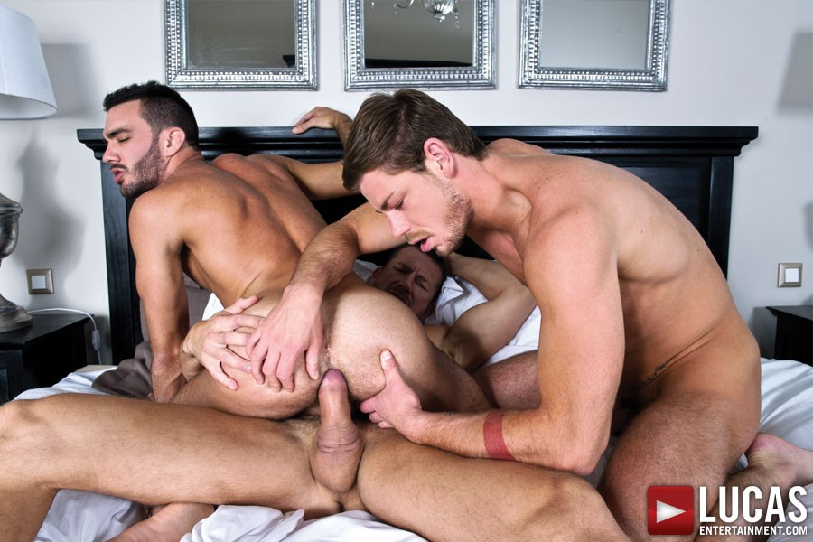 LucasEntertainment - Raw Double Penetrations 2 sc.5 - Alejandro Alvarez Takes Tomas Brand And Toby Dutch At Once