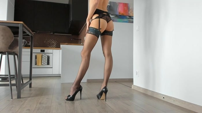 Aoife Oneal - Legs Addict Jerk Off Instructions