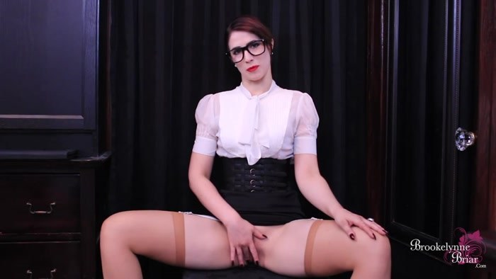 Brookelynne Briar - Naughty Dictation JOI