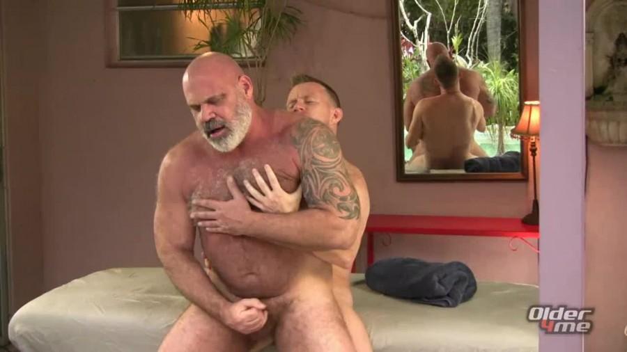 Older4Me - Bear Daddy Got Blasted