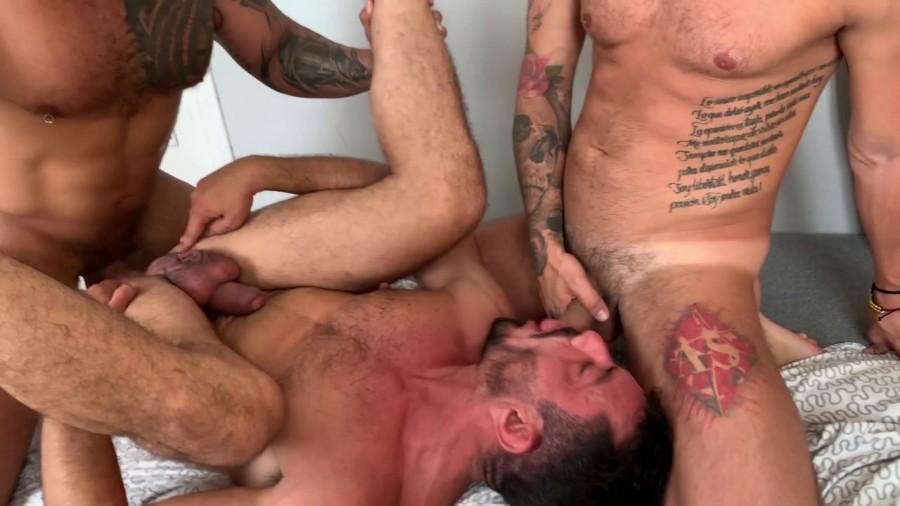 RawFuckClub - Viktor Rom, Lex Anders, Joe Gillis, Joe Casio and Andrea Suarez - Pride Group Fuck