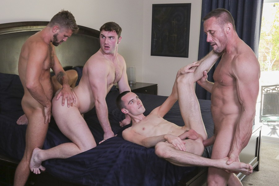 FamilyDick - Michael Boston, Joe Ex, Myles Landon, Wesley Woods - Return To Sender