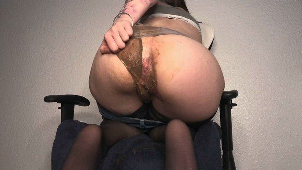 Dirtybetty - Epic Scat Panty pooping Farting Girl (FullHD 1080p)