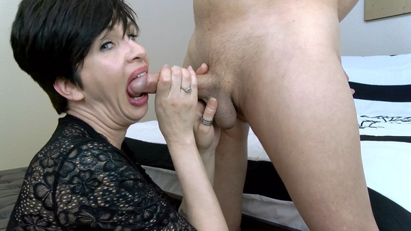 Mrs Mischief - Edged to Eruption (Sexy mommy gently pov sucks your cock and swallows all the sperm) (FullHD 1080p)