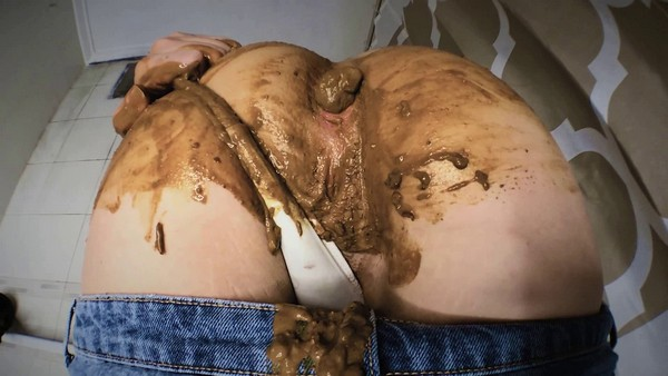 DirtyBetty (aka SweetBettyParlour) - Panty pooping After Laxative and Cum (2019 / FullHD 1080p)