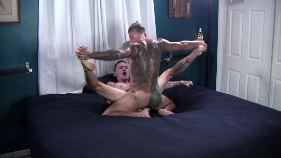 RawFuckClub - Dexx & Archer Croft - Tatted Hunk Fucks Tight Ass