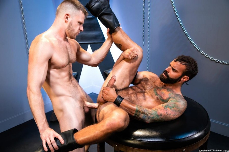 RagingStallion - Manscent - Brian Bonds & Drake Masters