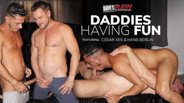 DudesRaw - Cesar Xes & Hans Berlin - Daddies Having Fun