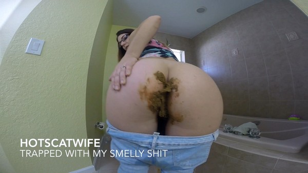 HotScatwife - TRAPPED with my SMELLY Shit! (FullHD 1080p)
