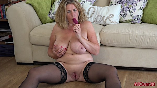 Camilla Creampie - Camilla A -  Ladies with Toys (FullHD 1080p)