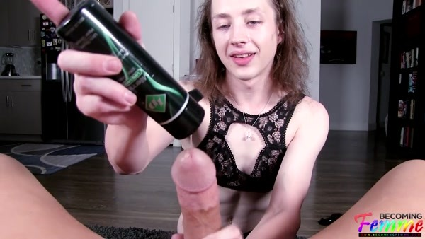 Kylie Kottonmouth - Sissy Femboi Kylie Gets Raw and Real (2019 / FullHD 1080p)