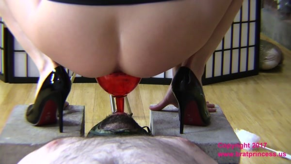 Mistress Lola - Lola Weekend Full Toilet Slave - Day-1-of-3 - Complete (FullHD 1080p)