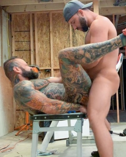 Realitydudes - Pup & Tank Fuck Raw All Over A Construction Site