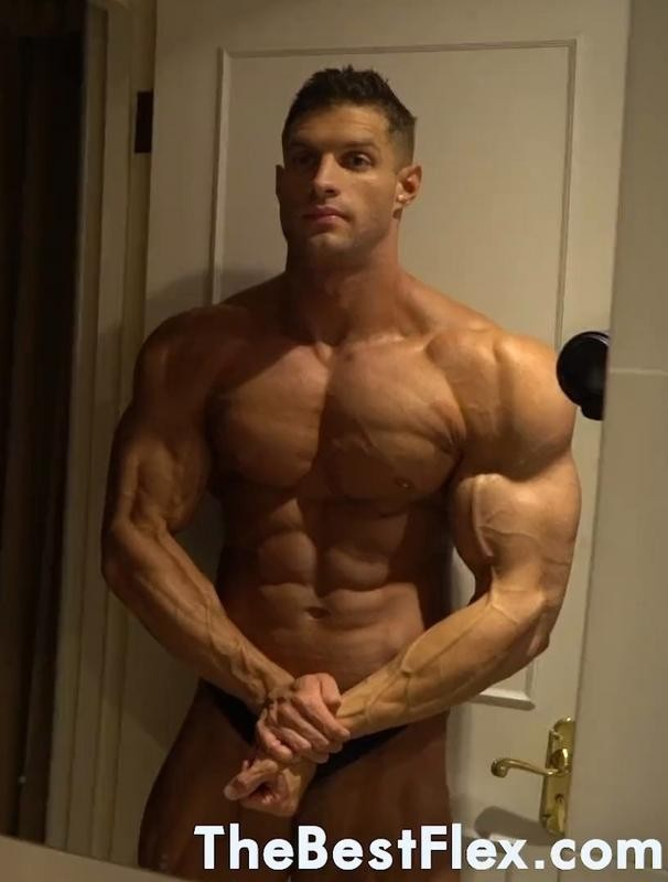TheBestFlex - Tom H - Super Shredded Hunk