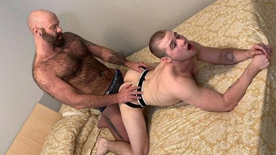 BreedMeRaw - Luke Harrington and Jett Reed