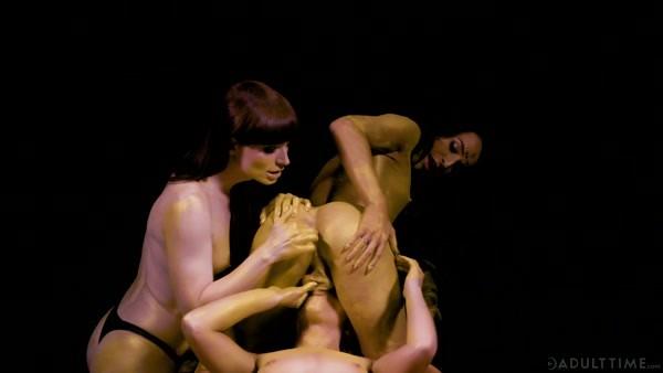 Khloe Kay, Natalie Mars and Adriana Chechik - Stay Gold (2019 / FullHD 1080p)