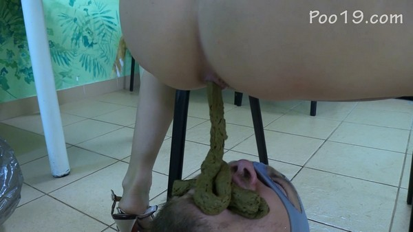 Smelly Milana - Chocolate treat after flogging with cold shower (2019 / FullHD 1080p)