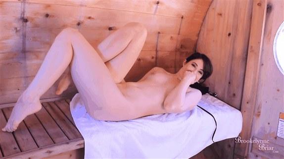 Brookelynne Briar - Sauna Seduction