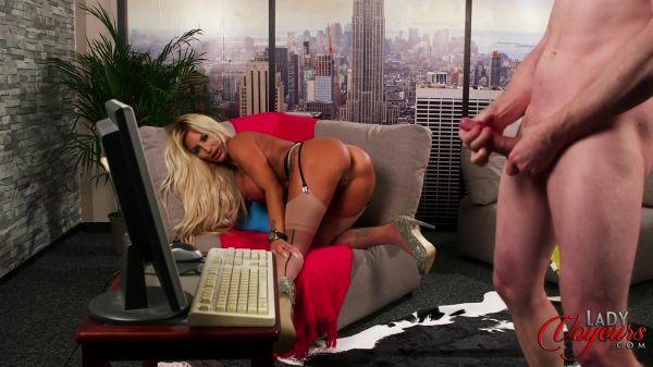 Charlie Monaco - Paying His Bills (08.01.2020) [FullHD 1080p] (LadyVoyeurs)