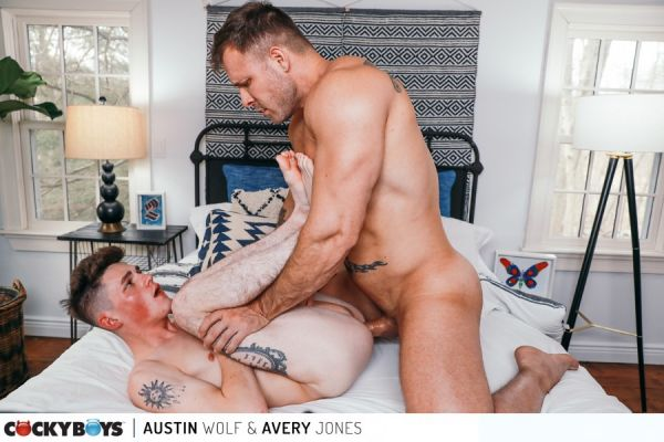 CB - Austin Wolf & Avery Jones