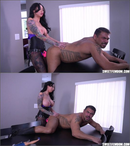 Lily Lane - SweetFemdom - Lily Butt Fucks a Cop (FullHD 1080p) [2020]