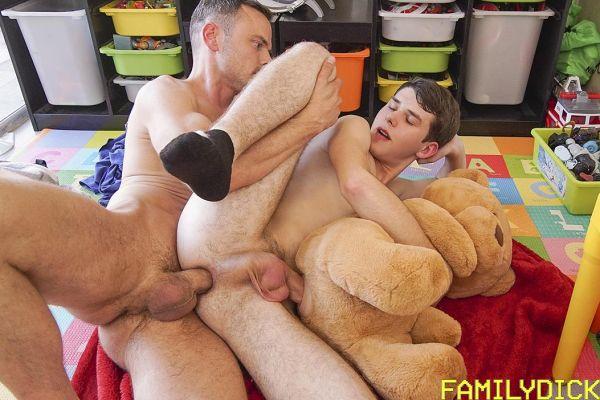 FMD_-_Stuffed_Animal_-_Dakota_Lovell___Trent_Summers.jpg