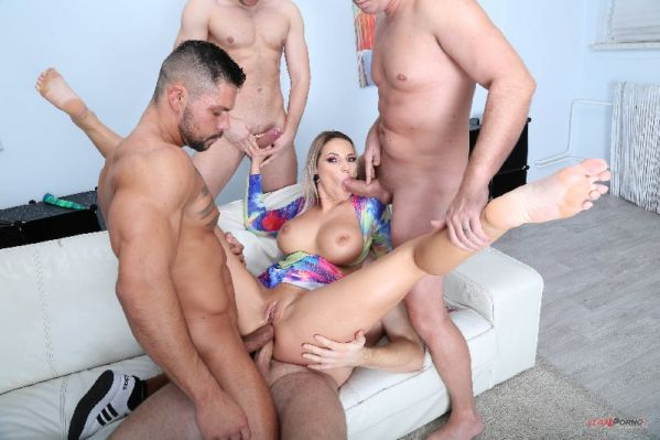 Jolee Love - Naked Barefoot, Jolee Love 4on1 Balls Deep Anal, DAP, Gapes, Anal Fisting and Swallow GIO1345 [HD 720p] (LegalP0rno)