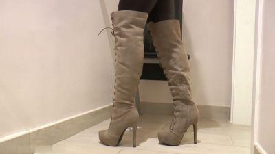 You are my boot slave – Dana Da Silva