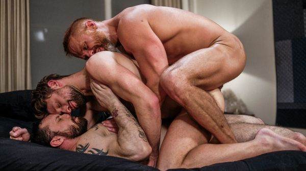 LR_-_Double_Penetration_And_Daddy_Piss_With_Sergeant_Dirk_And_Drew.jpg