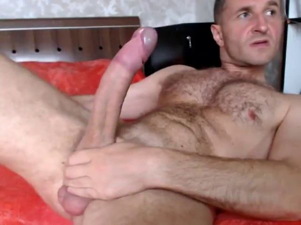 KG - Ben, a sexy sport male shows his very very huge dick hard