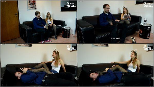 Playboy Party Hot Foot Worship [CzechSoles] Daniela (504 MB)