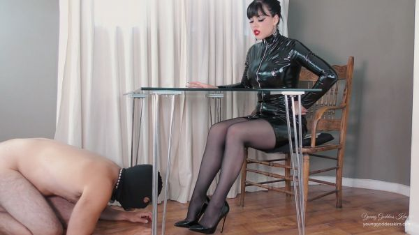 Young Goddess Kim - Permanent Foot Slave