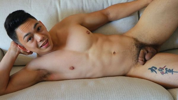 GH - Young, Innocent Dutch Weaver Shows Us His Exhibitionist Side