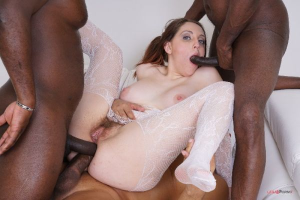 LegalP0rno: Nickey Huntsman - Nickey Huntsman comes to take two black cocks in the ass IV476 (HD/720p)