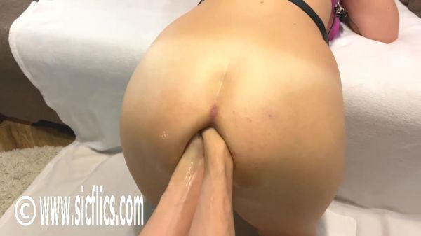 Queen Nikoletta - Double fisting Nikolettas ass (15.02.2020) (HD/2020) by Sicflics