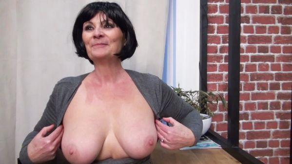 Salome - The very naughty dynamic of Salome, 57 years old (16.02.2020) [FullHD 1080p] (JacquieetMichelTV)