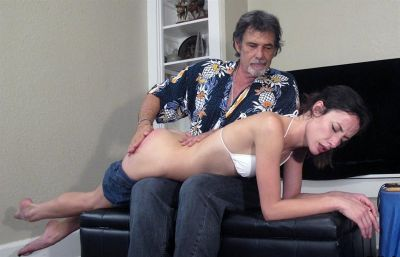 DallasSpanksHard – Hailey 5 – Gotta Hand It To Her