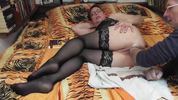 Amateur - XL pussy fisting massage (13.03.2020) [FullHD 1080p] (Sicflics)