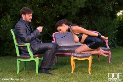 DDFNetwork – March 23, 2020 – Sophia Laure, Ian Scott