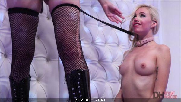 Brett Rossi, Lyra Law - Blonde dominatrix Brett Rossi dominates her cute submissive Lyra Law