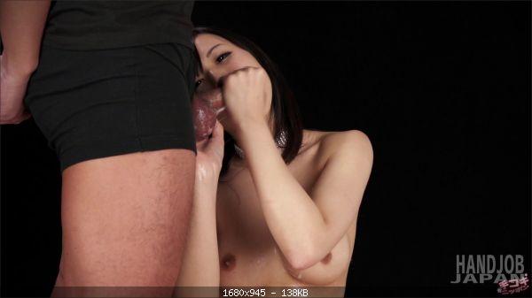 Natsuki Yokoyama - Natsuki Yokoyama's double handjob