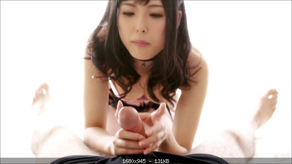 Natsuki Yokoyama - Natsuki Yokoyama's sexy handjob