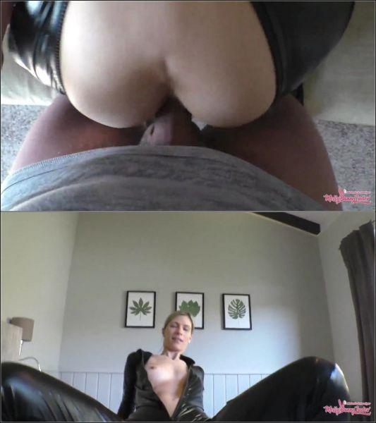 MellyBunnyLuder - Mein 1. Latex Catsuit - Heisses Sperma auf Latexhaut