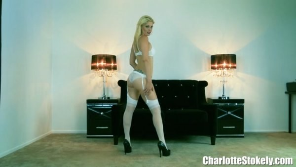 Charlotte Stokely - Stripping For Cool Guys